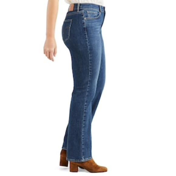 78d06e8cc8804 Levi's Jeans | Levis 524 Bootcut | Poshmark